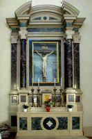 altare_del_Crocefisso